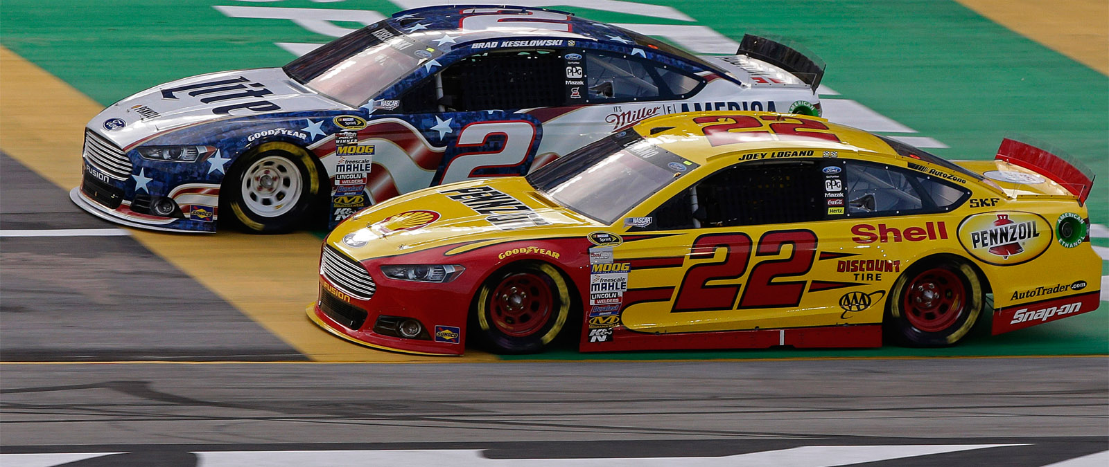 Logano and Keselowski Racing at Kentucky